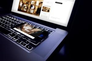 响应式网站设计多设备样机合集 Lifestyle Responsive iPhone Mock-Up插图7
