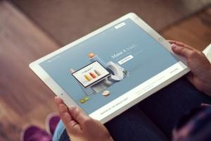 手持iPad Pro平板电脑样机模板 iPad Pro Mockups v5插图6