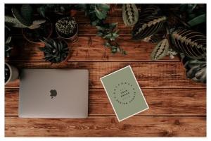 iMac&Macbook办公场景样机 iMac & Macbook on Scenes Mock-ups插图3