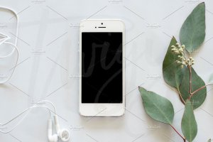 现代简约风 iPhone 样机模板 Styled Stock Photo   Phone Mockup插图3