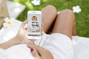 生育育儿主题孕妇手持iPhone样机模板 iPhone Pregnat Mockups插图5