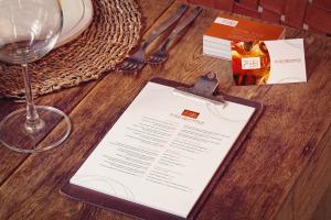 名片/菜单设计品牌VI设计预览样机模板 Business Cards, Menu Mockup插图1