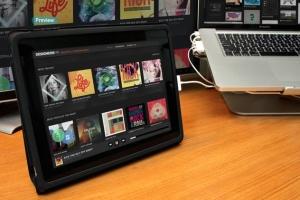 平板APP应用界面设计演示样机模板 Black iPad Tablet App UI Mock-Up插图14