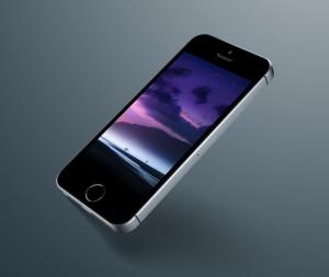 超级主流桌面&移动设备样机系列:iPhone SE 智能手机样机 [兼容PS,Sketch;共3.13GB]插图7