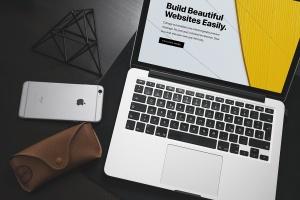 响应式网站设计效果图MacBook Pro电脑样机 Macbook Pro Responsive Mockup插图3