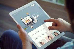 手持iPad Pro设备样机模板v7 iPad Pro Mockups v7插图2