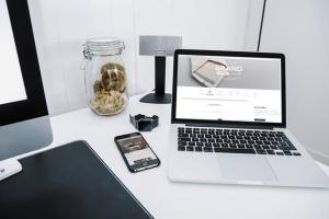 响应式网站设计案例演示多设备样机模板 Responsive Web App Display Mock-Up插图6
