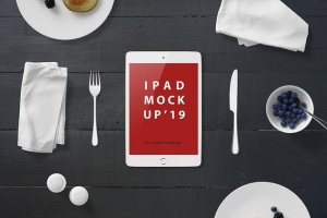 西式早餐场景iPad Mini设备展示样机 iPad Mini Mockup – Breakfast Set插图2