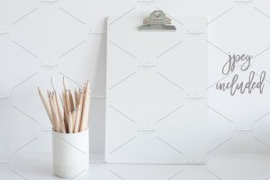 办公文具剪贴板样机 Clipboard Mockup | Square Format插图3