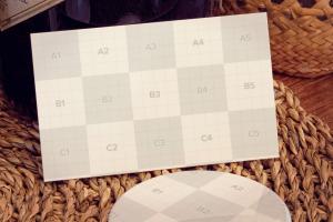 品牌VI设计效果图预览样机模板 Business card, Button pin Mockup插图2