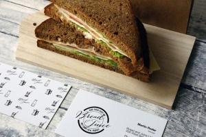 咖啡馆品牌VI设计样机模板 Sandwich Cafe Mockup插图3