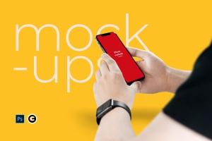 手持iPhone 11手机APP&网站界面设计预览样机 Holding iPhone 11 Mockup插图1