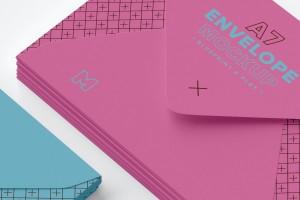A7尺寸规格信封设计效果图样机模板 A7 Envelope Stack Mockup 01插图3