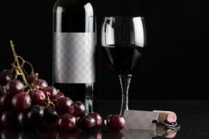 葡萄酒品牌商标设计效果预览酒瓶样机08 Wine Bottle Mockup 08插图2