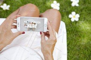 生育育儿主题孕妇手持iPhone样机模板 iPhone Pregnat Mockups插图3