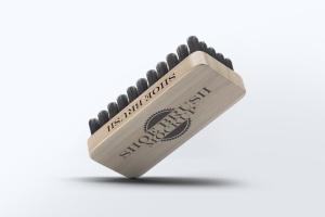 鞋刷品牌Logo设计预览样机模板 Shoe Brush Mock-Up插图9