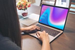 高雅干净利落笔记本电脑MacBook Pro样机 Elegant & Clean Macbook Pro Mockups插图16