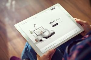 手持iPad Pro平板电脑样机模板 iPad Pro Mockups v5插图1