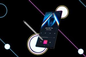 酷黑背景三星智能手机Note 10多角度屏幕预览样机模板 Neon Note 10 MockUp插图6