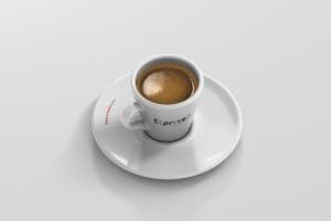 逼真咖啡杯马克杯样机模板 Espresso Cup Mockup – Cone Shape插图4