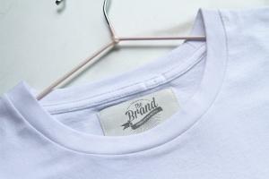服装标签设计效果图样机模板 Label Tag Mockup插图1