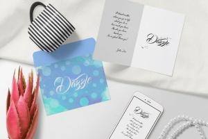 华丽的卡片和信封设计样机模板 Gorgeous Card & Envelope Mockup Scenes插图2