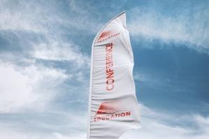 3D羽毛旗帜展示样机模板 3D Flags Feather / Bow / Sail Flag Mockup插图8