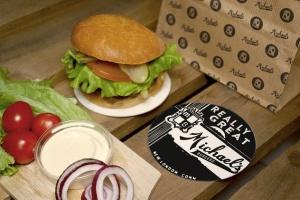 汉堡咖啡品牌样机模板 Burger Cafe Mockup插图10