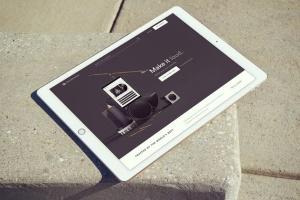 手持iPad Pro设备样机模板v8 iPad Pro Mockups v8插图2