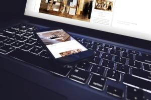 响应式网站设计多设备样机合集 Lifestyle Responsive iPhone Mock-Up插图6