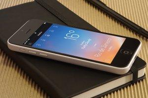 16款 iPhone 5C 智能手机样机 16 iPhone 5c Mockups插图5