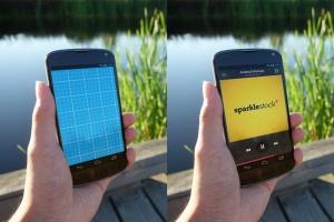 真实场景的手持安卓手机设备样机 12 Realistic Android Mockups插图2